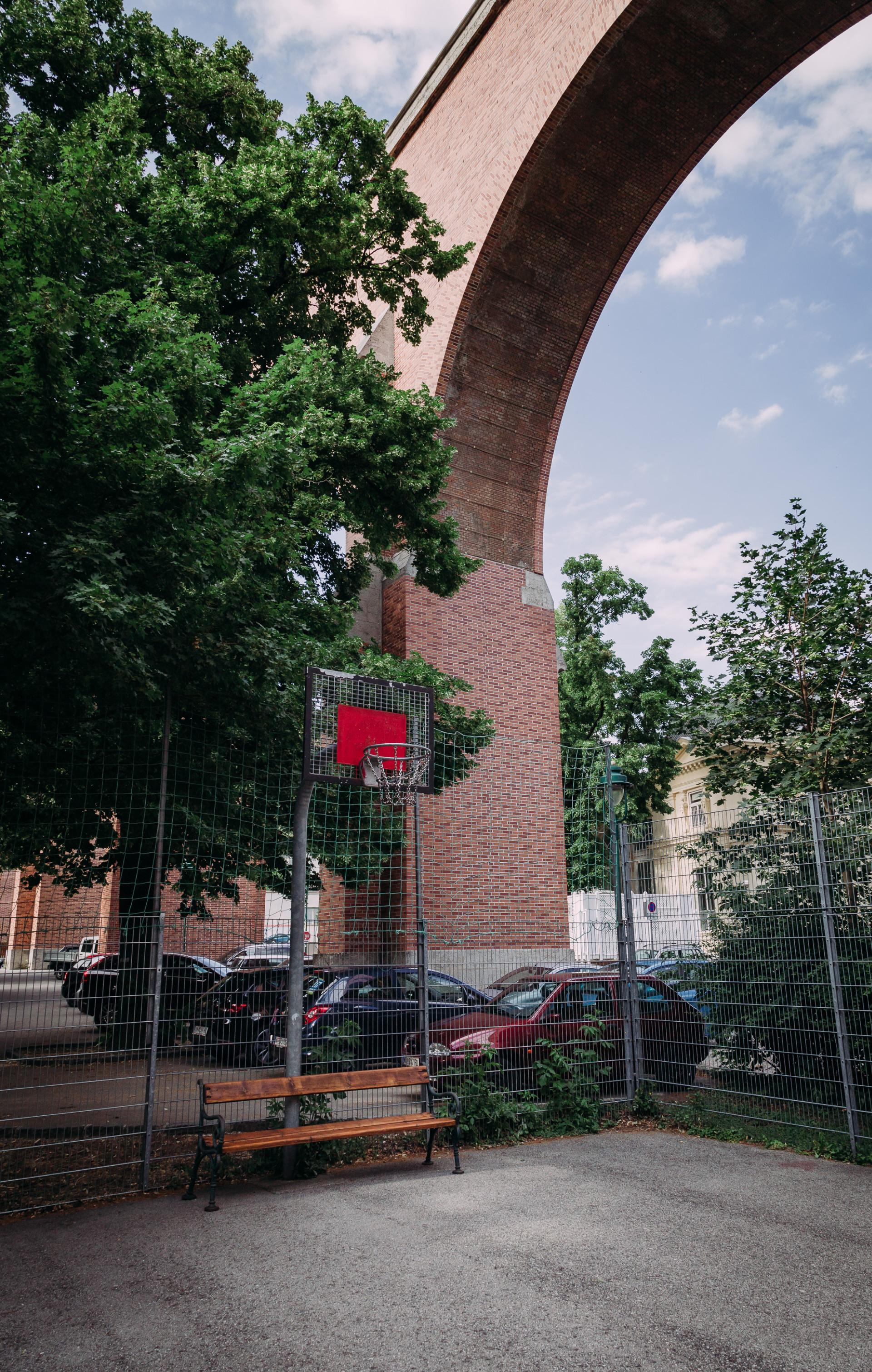 Basketballplatz beim Aquädukt